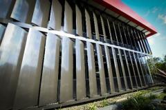تولید و فروش انواع نماهای آلومینیومی لوور و کرتن وال ( ثابت و متحرک )